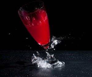 Zerbrechendes Glas